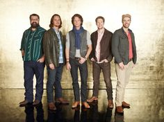 I love Home Free and i hope they win tonight on the sing off!