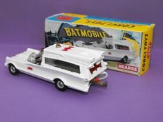 Batmobile Toy, Vintage Toys 1960s, Batman Merchandise, Batman Room, Corgi Toys, Matchbox Cars, Old Toys, Comic Covers, Courses