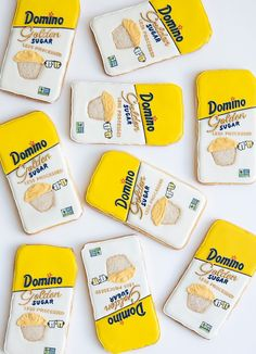 How to make Domino® Golden Sugar Packaging Cookies Sugar Packaging, Plate Presentation, Processed Sugar, Culinary Arts, Baking Tips, Macaroons, Royal Icing, Food Design, Food Plating