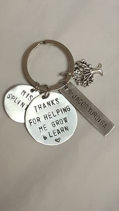 Teacher gift, teacher keychain Thank you for helping me grow and learn Super cute personalized gift for your favourite teacher! All items are hand stamped one letter at a time, variations may occur which makes your piece truly original. Teacher Appreciation Gifts, Teacher Gifts, Metal Stamping, Jewelry Stamping, Metal Jewelry, Jewelry Box, Jewelery, Mosaic Mirrors, Mosaic Art