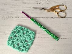Crochet hook, size (US size E), polymer clay Fimo covered aluminium hook Crochet Hook Sizes, Crochet Hooks, Sock Yarn, Hand Dyed Yarn, Crochet Gifts, Shades Of Green, Really Cool Stuff, Polymer Clay, Handmade Items