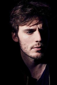 Zac Wilson (Sam Claflin) -- the burden of empathy. Sam Claflin, Sam Heughan, Sams C, Hollywood Actor, British Actors, Hunger Games, Cute Guys, Pretty Boys, Beautiful Men