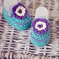 Baby Booties Crochet PATTERN..... Violet Flower Booties