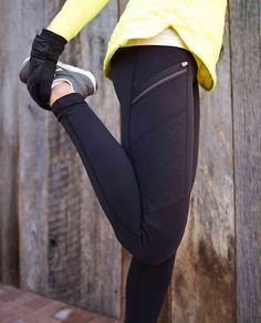 Trendy Kleidung Winter Running The post Trendy Kleidung Winter Running appeared fir Sport Fashion, Look Fashion, Fitness Fashion, Cute Gym Outfits, Sport Outfits, Workout Attire, Workout Wear, Workout Pants, Gym Pants