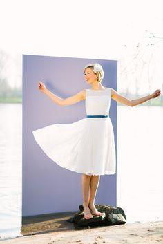 kurzes Brautkleid mit Tüll und transparentem Oberteil (www.noni-mode.de - Foto…