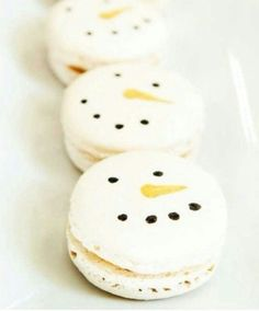 1000+ images about Ohlala | Winter Holiday Macarons on ...
