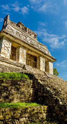 18.Temple in ancient Mayan city of Palenque, Mexico | 10 Useful Things you Must know Before Traveling to Mexico, an Exciting and Challenging Destination