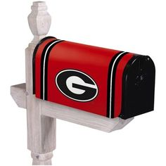 Shop new Georgia Bulldogs yard flags and garden decor at Fanatics. Get ready for game day with officially licensed Georgia Bulldogs garden flags, lawn decorations and more for sale at the ultimate sports store. Georgia Bulldog Wreath, Georgia Bulldogs Football, Magnetic Mailbox Covers, Mailbox Makeover, Painted Mailboxes, Georgia Girls, University Of Georgia, Outdoor Flags, South Carolina