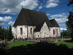 A medieval church in Nousiainen, Finland. Grave Monuments, Finland, Medieval, Graveyards, Explore, Mansions, House Styles, Buildings, Travel