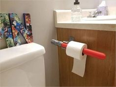 Star Wars light saber toilet paper holder Star Wars Bathroom, Beautiful Home Gardens, Star Wars Light Saber, Home Workshop, Star Wars Gifts, The Empire Strikes Back, Lightsaber, 6 Years, Toilet Paper