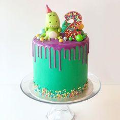 T-rex cake! Sprinkle cake // dinosaur cake // trex cake // dinosaur party // dinosaur theme // dinosaur birthday // birthday cake // 2nd birthday cake Dinosaur Birthday Cakes, 3rd Birthday Cakes, Dinosaur Cake, Dinosaur Party, Elmo Party, Elmo Birthday, Mickey Party, Third Birthday, Birthday Ideas