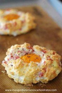 Ovos em nuvens sem carboidratos