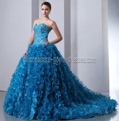 http://www.quinceanera-gown-dresses.com/products/big/img_8081_20121016224607.jpg