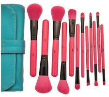 Super Professional Makeup Brush Set in Rose Red Color Beauty Brushes, Best Makeup Brushes, Makeup Dupes, Best Makeup Products, Cosmetic Brush Set, Makeup Brush Set, Makeup Sets, Makeup Box, Blue Makeup