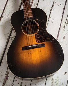 A gorgeous 1939 Gibson L-00 from @theguitarmagazine  #1939 #gibson #L00 #vintage #vintageguitar #vintageguitarposts