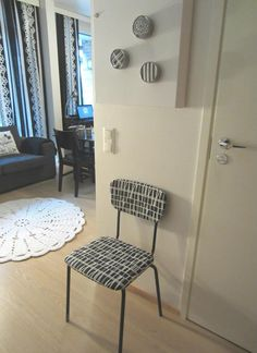"Tee-se-itse-naisen sisustusblogi: Ikea Grundtal Spice Racks ""Hacked"" With Fabric"