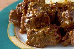 Wanneer je een slowcooker hebt, valt het zeker en vast een te overwegen om je stoofvlees hierin klaar te maken. Door het vlees op lage te...