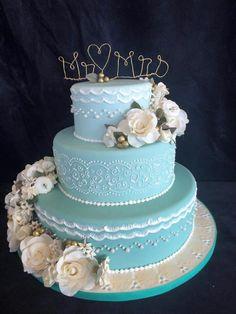 wedding cake by Wilma Olivier - http://cakesdecor.com/cakes/314651 ...