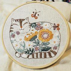 Diamond Mosaic Round 5D DIY Beauteous Mushroom Embroidery Decoration  Practice