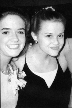 Reese Witherspoon at the prom!