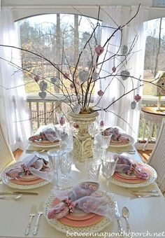 Between Naps on the Porch | 3 Valentine�s Day Table Settings | http://betweennapsontheporch.net