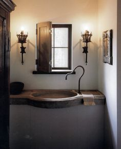 sink form/ shutter