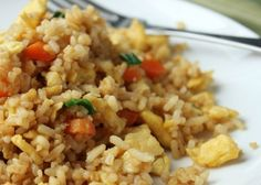 Delicious as it Looks: Low-FODMAP Chinese Fried Rice food ideen ideas food food food Fodmap Recipes, Diet Recipes, Cooking Recipes, Healthy Recipes, Fodmap Foods, Recipes Dinner, Vegetarian Recipes, Fructose Free Recipes, Dieta Fodmap