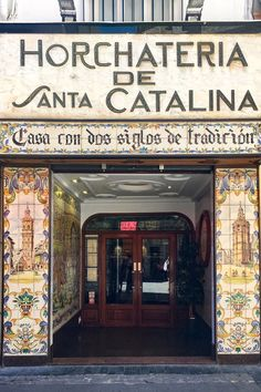 Horchatería de Santa Catalina - a place with two centuries old tradition