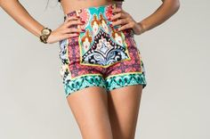 Summer In The City Shorts! Must haves for this spring/summer!! Shop at Destin Stars Boutique!