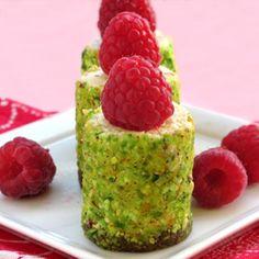 pistachio raspberry no-bake cheesecake http://selfishcooking.blogspot.com/2012/02/sonos-no-bake-cheesecake.html
