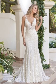 Illusion Bodice , V-neck Embroidered Lace & Sequin Lace Tulle Wedding Dress robe dresses dresses beach dresses boho dresses lace dresses princess dresses vintage V Neck Wedding Dress, Perfect Wedding Dress, Tulle Wedding, Bridal Wedding Dresses, Dream Wedding Dresses, Bridal Style, Bridesmaid Dresses, Prom Dresses, Wedding Frocks