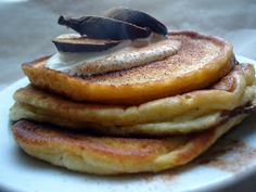 LCHF-bloggen: Amerikanske pannekaker (lavkarbo) Breakfast Waffles, Pancakes And Waffles, Breakfast Recipes, Waffle Recipes, Raw Food Recipes, Healthy Recipes, Lchf, Keto, South Beach Diet