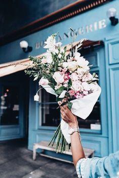 flowers / bouquet / blue / GenevaGrace #Flora&Fauna-Flowers&Plants