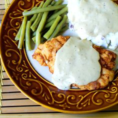 The Two Bite Club: Chicken Fried Chicken with Pan Gravy Sweet Sour Chicken, Fried Chicken, Gravy, Green Beans, Low Calorie Recipes, Low Calories, Chicken Recipes, Mashed Potatoes, A Food