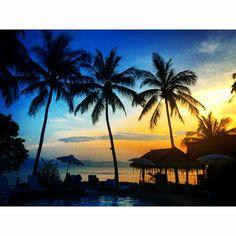 Sunset time in Koh Phangan.. 🌅✨