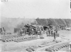 9.2 howitzer of the Royal Garrison Artillery in action in Somme, 1916.