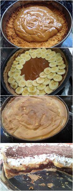 FAZER ESSA SOBREMESA PARA SUAS AMIGAS É UM GRANDE MIMO!!(Torta ganache de banana) VEJA AQUI>>>Massa: Misture a bolacha e a manteiga e forre uma forma de fundo falso. Coloque no congelador – eu fiz exatamente isso, mas sugiro levar ao forno por uns 15 minutinhos, a massa fica mais crocante do que se levada ao congelador #receita#bolo#torta#doce#sobremesa#aniversario#pudim#mousse#pave#Cheesecake#chocolate#confeitaria