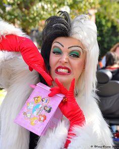 Cruella DeVille _0460 by Disney-Grandpa, via Flickr