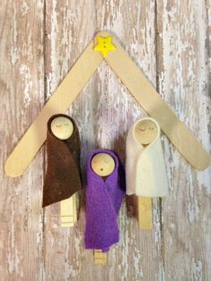 clothespin and popsicle stick nativity set