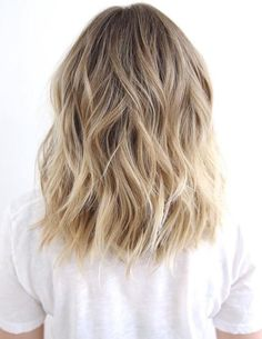 Medium To Long Wavy Brown Blonde Hair - beachy waves, honey blonde balayage, this style could last a couple days, just spritz some dry shampoo on roots and mid-shaft, finish with a little spray shine. (Best Shampoo For Balayage)