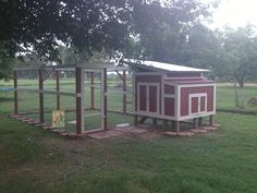 diy chicken coop | DIY Chicken Coop for backyard chickens! My husband made ... | Home Id ...