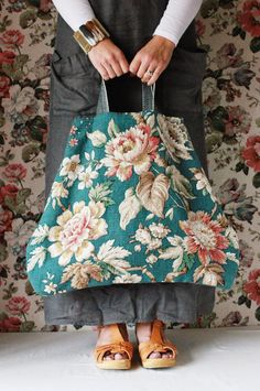 The Linen Garden & first collection of bags launched late September and I had planned to write a few words in this journal of mine to anno. My Bags, Purses And Bags, Big Purses, Sacs Design, Diy Sac, Carpet Bag, Boho Bags, Linen Bag, Fabric Bags