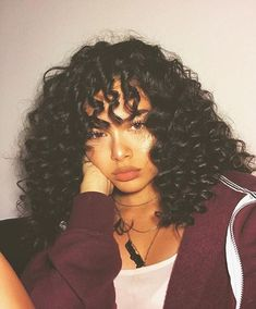 Over 60 Hairstyles, 1950s Hairstyles, Baddie Hairstyles, Pretty Hairstyles, Girl Hairstyles, Saree Hairstyles, African Hairstyles, Curly Hair Cuts, Curly Hair Styles