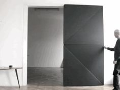 The general principles behind Torgglers Doors is that all of them are divided midmost into two rotating squares, making it possible that the doors move sideways in the same closure level as a sliding door., without using tracks.