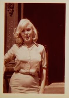 Marilyn during wardrobe tests for the film The Misfits, 1960.