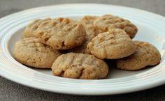 Low Carb Emergency Peanut Butter Cookies (4 EASY ingredients)