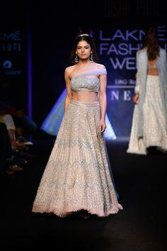 100 Best Lakme Fashion Week 2018 Images Lakme Fashion Week Fashion Week 2018 Fashion Week