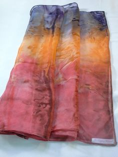 Fabric Flower Tutorial, Fabric Flowers, Shibori Sarees, Saree Tassels Designs, Silk Art, Painted Clothes, Alcohol Ink Painting, Fabric Painting, Silk Scarves