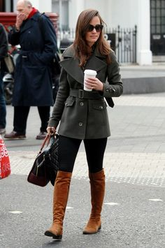 Who made Alessandra Ambrosio\'s suede thigh boots, brown handbag ...