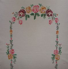 Çiçekli Güllü Etamin Seccade Örnekleri 1